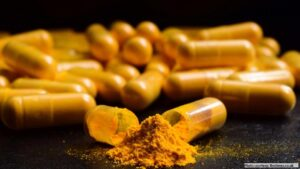 Curcumin: A natural derivative with antibacterial activity against Clostridium difficile